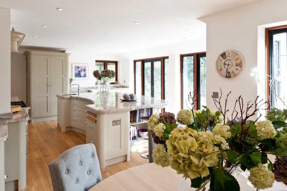 Effingham-Collins-Bespoke-Kitchen-Shaker-Kent
