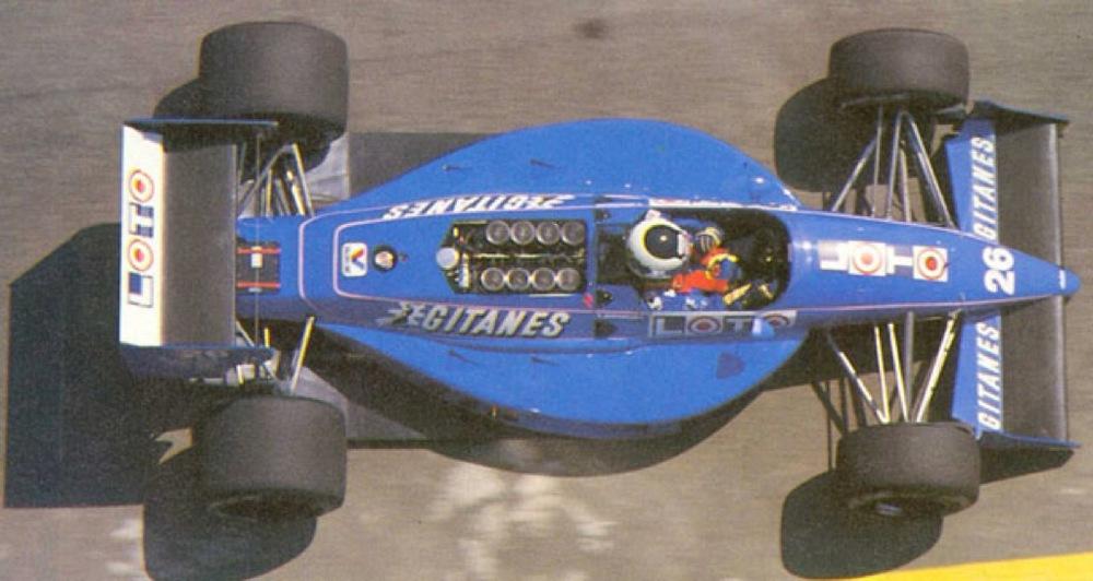 Stefan Johansson Ligier F1 1988.jpg