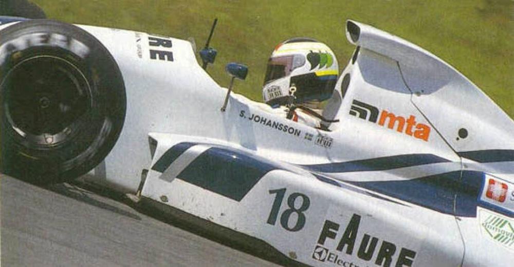 Stefan Johansson AGS f1 1990.jpg