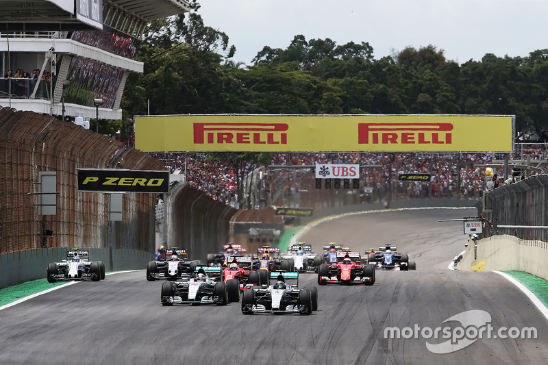 f1-brazilian-gp-2015-start-nico-rosberg-mercedes-amg-f1-and-lewis-hamilton-mercedes-amg-f1