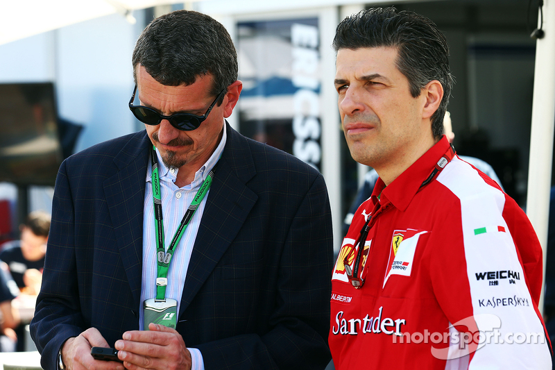f1-australian-gp-2015-guenther-steiner-haas-f1-team-prinicipal-with-claudio-albertini-ferr.jpg