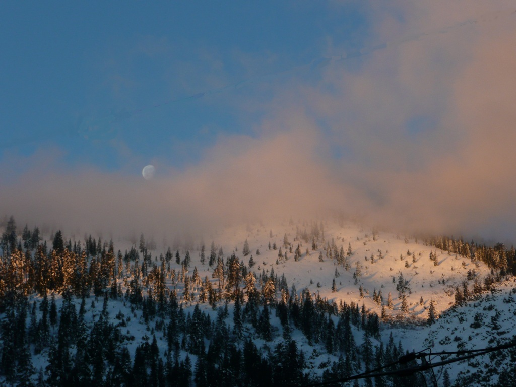 Morning moon over Mt Bradley