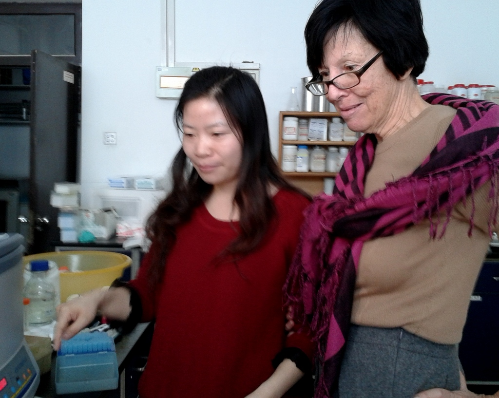 TONG Pei and Chery in the lab