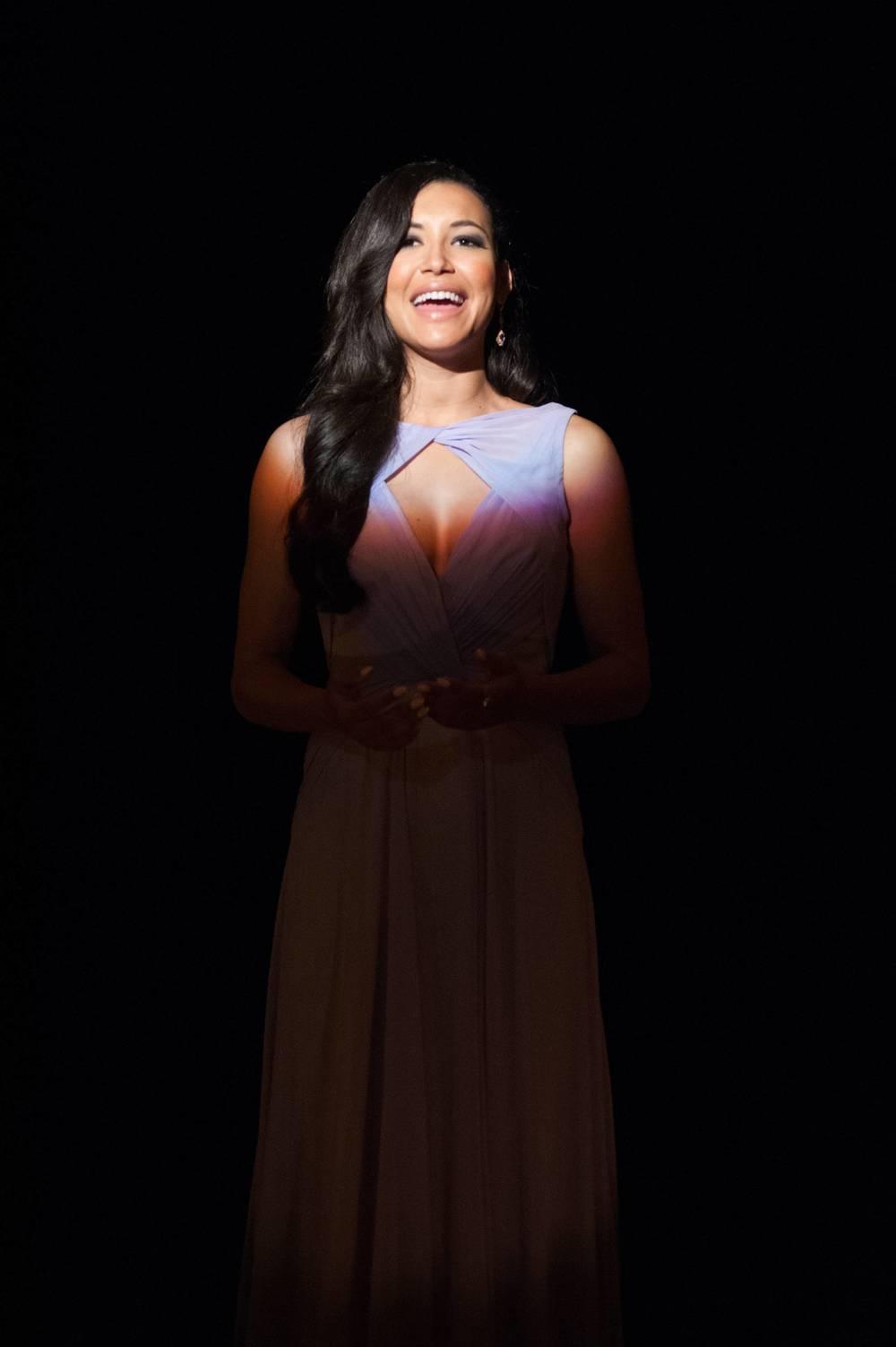Naya Rivera solo_Glee_4.25.jpg