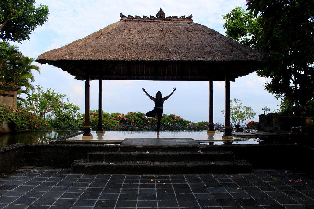 melissa-bloom-bali-yoga-treepose.jpg
