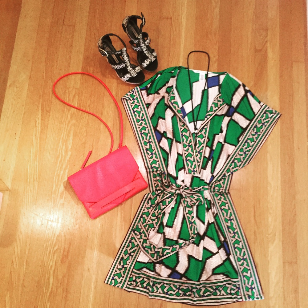 Ann Taylor cross-body bag, Chinese Laundry heels, LeBelAge Boutique necklace. #dvf #anntaylor # chineselaundrey #lebelageboutique