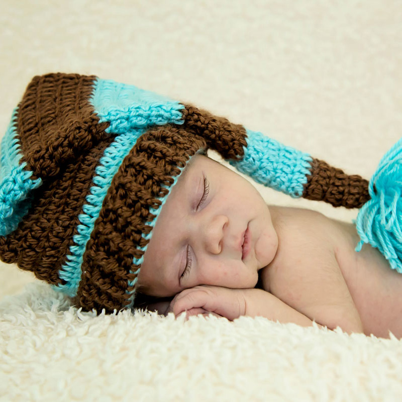 blue-brown-nightcap-newborn-knoxville-photographers.jpg