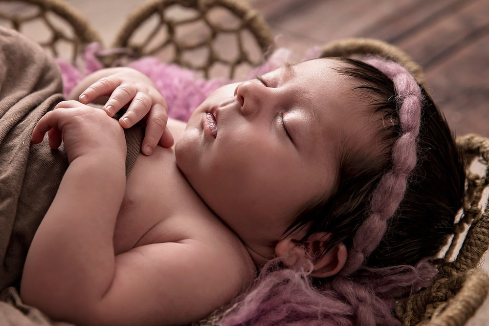 knoxville-photogarpher-newborn-profile.jpg
