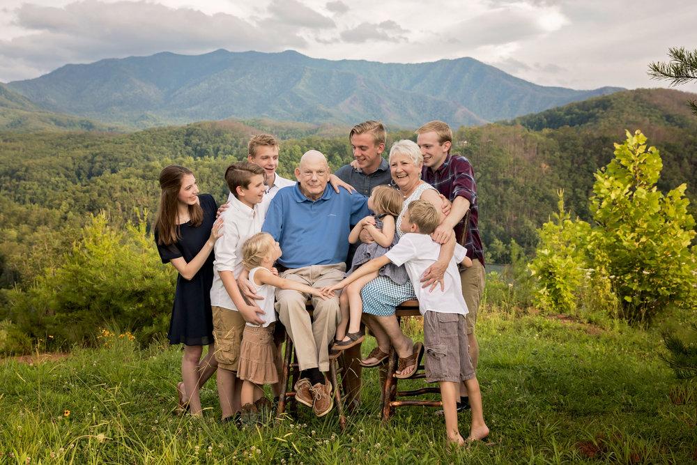 gatlinburg-photographers-family-reunion-photography.jpg