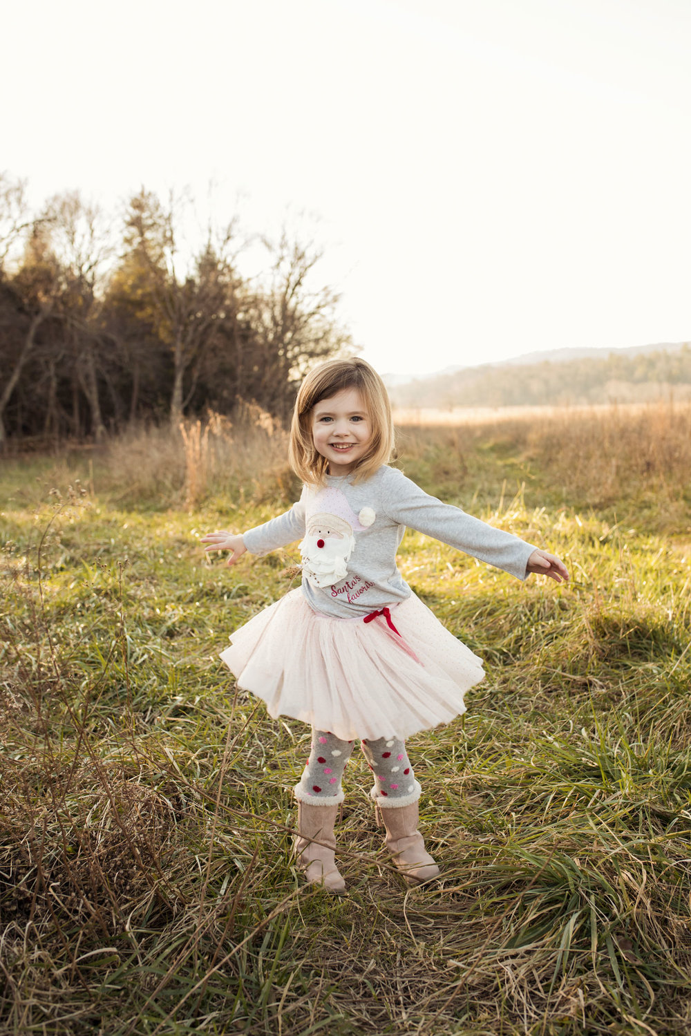 pigeon-forge-family-photographer-little-girl-twirl.jpg