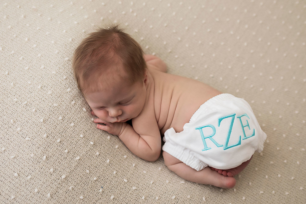 knoxville-newborn-boy-monogram.jpg