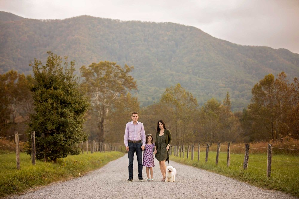 gatlinburg-cades-cove-photographer-family-portrait.jpg