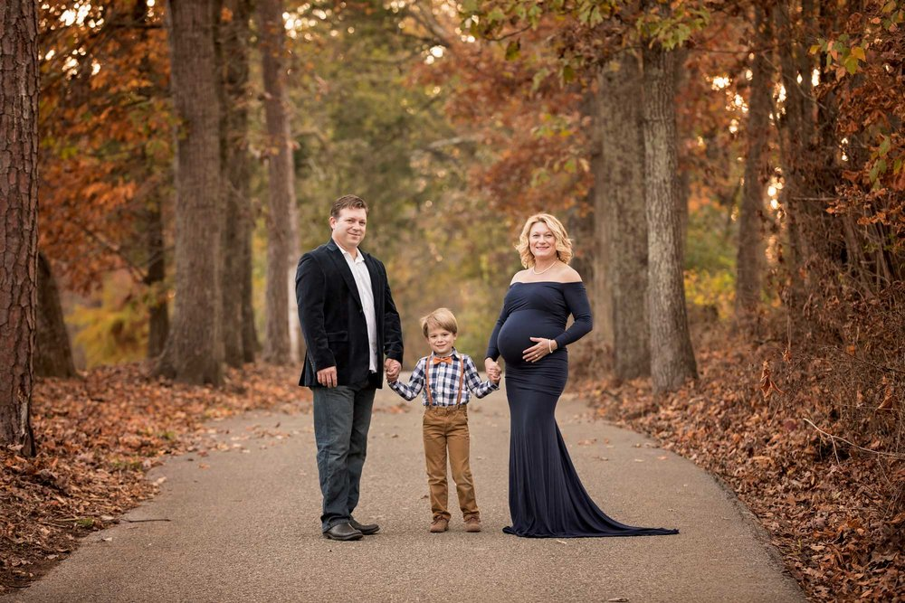 knoxville-tn-maternity-photographer-the-cove.jpg