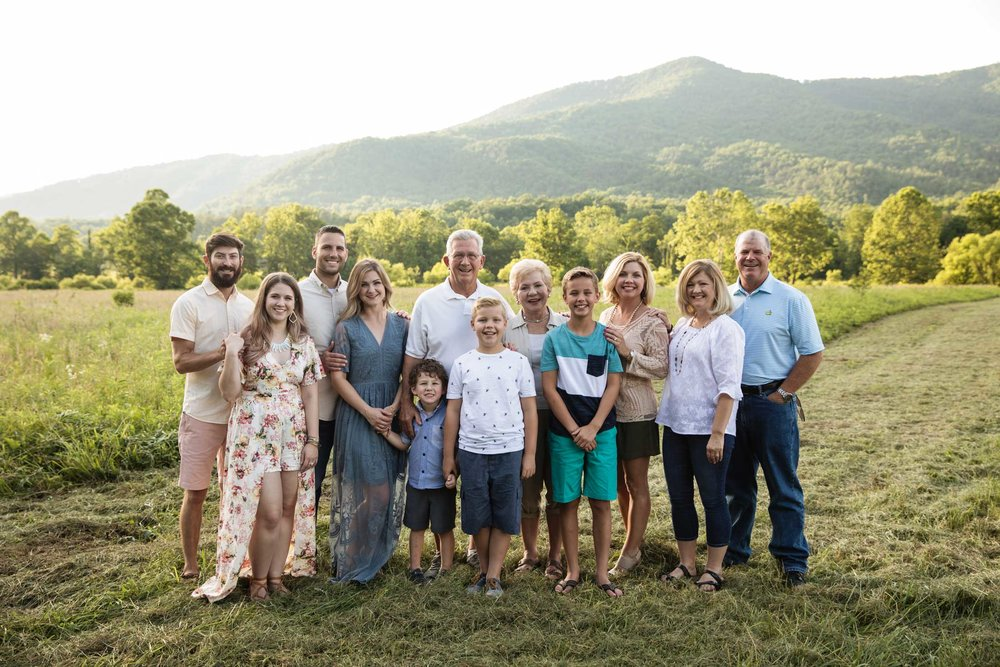gatlinburg-smoky-mountain-family-reunion-photographer.jpg
