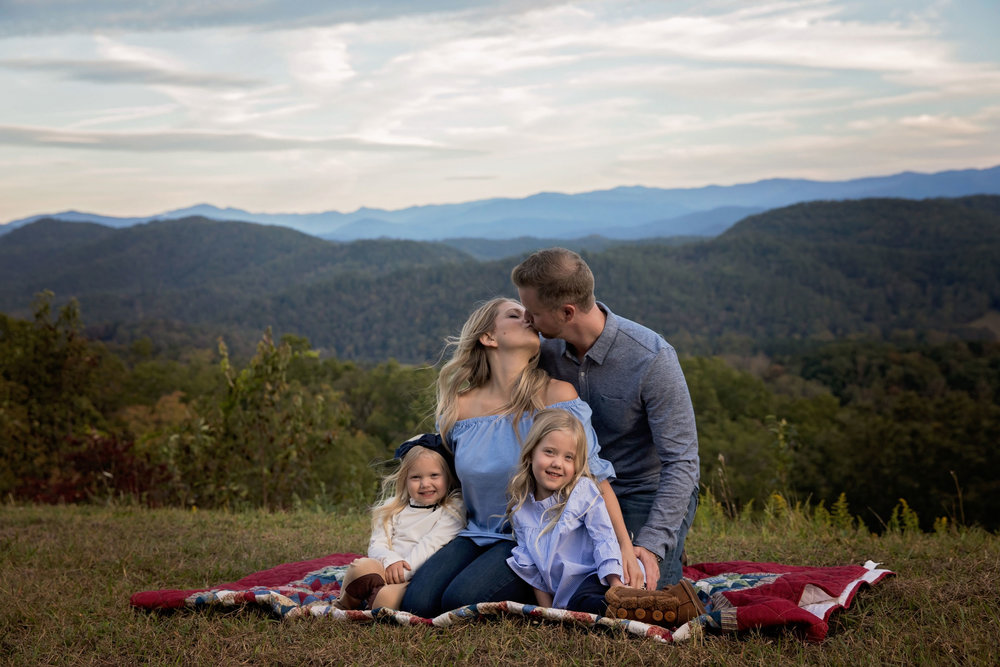 pigeon-forge-family-photographer-vacation-photos.jpg