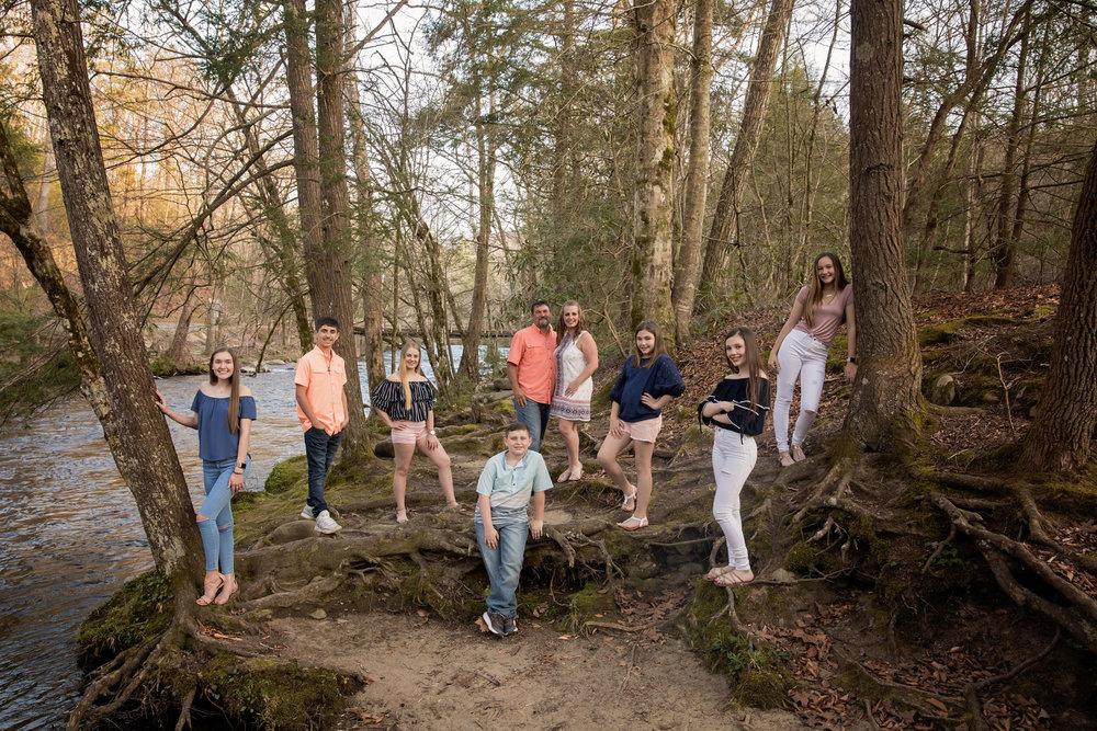 gatlinburg-photographers-family-reunion-at-metcalf-bottoms.jpg