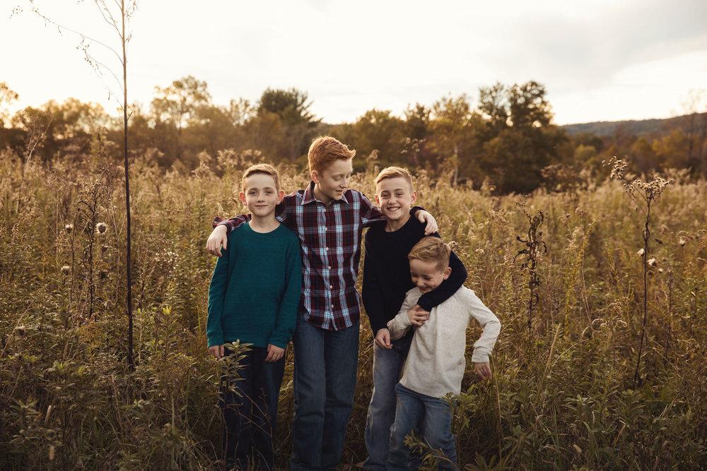 gatlinburg-tn-photographer-4-brothers.jpg