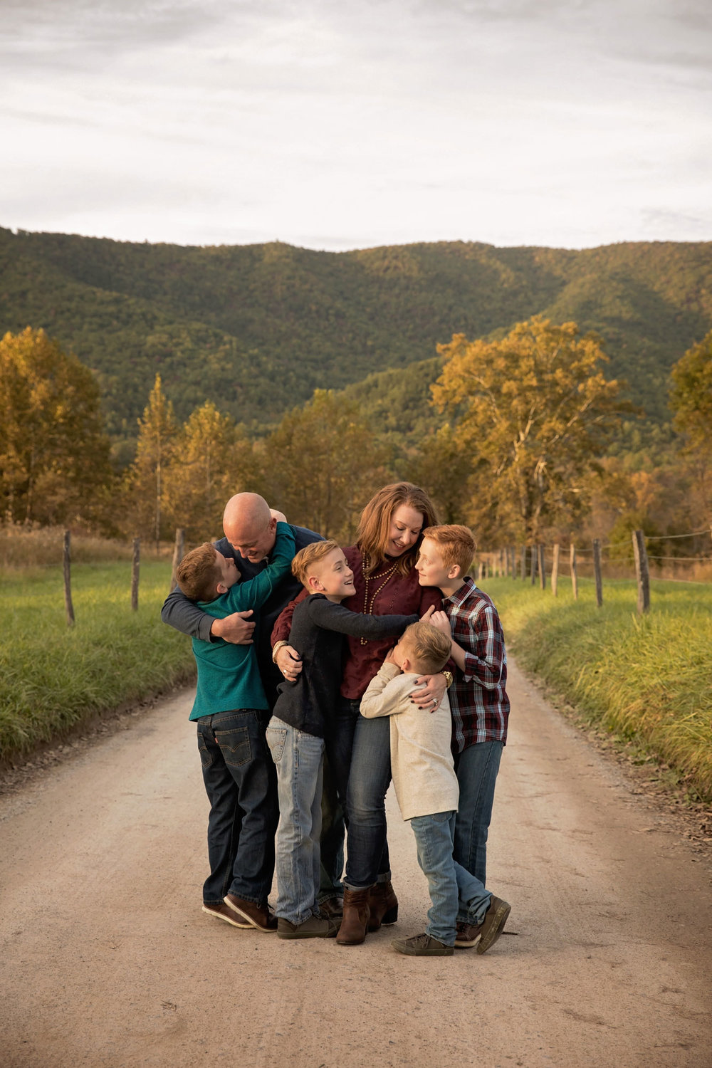 cades-cove-tn-family-picture.jpg
