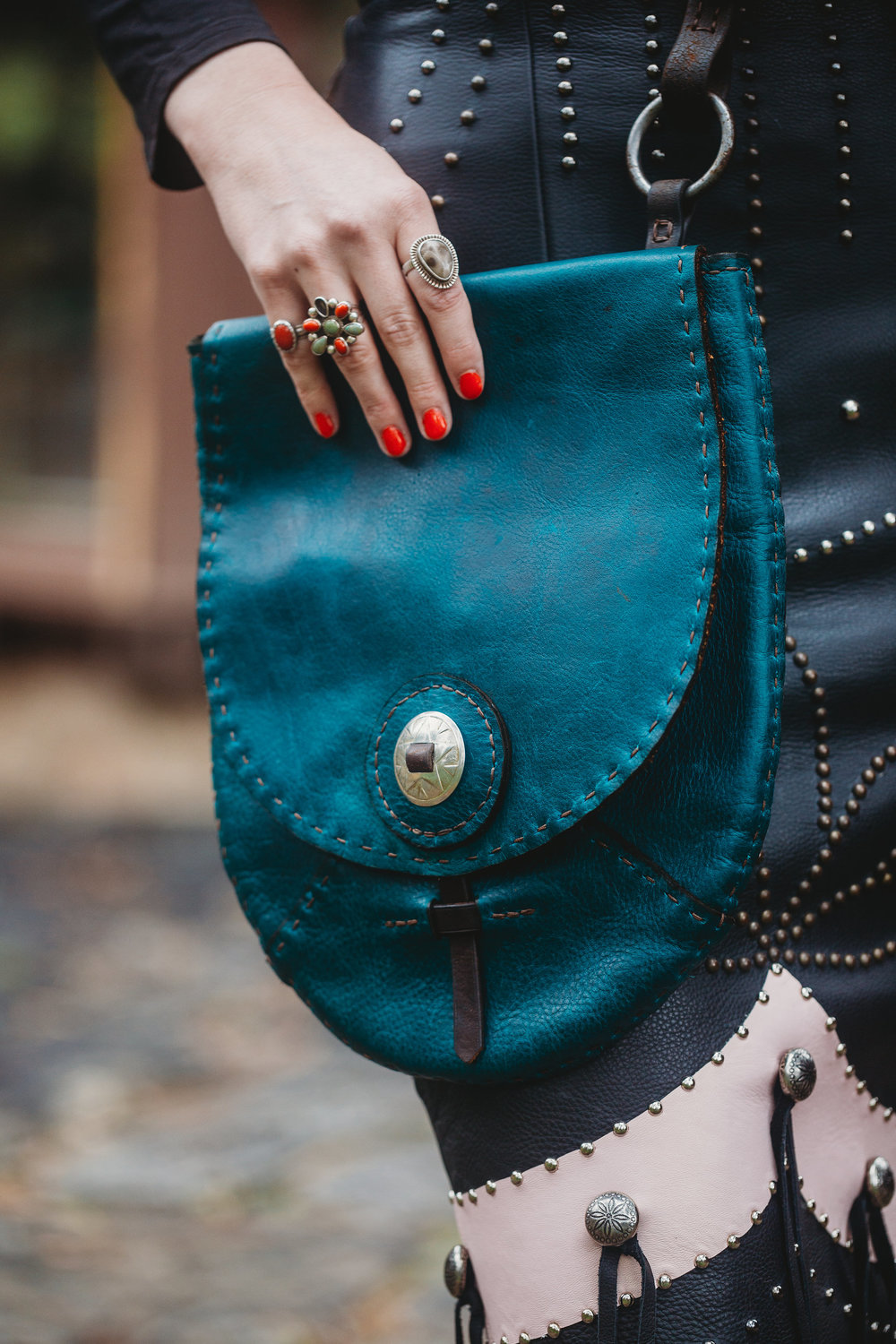 blue_leather_bag.jpg