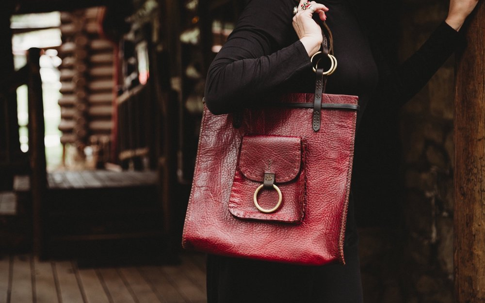red_echo_leather_tote_bag.jpg