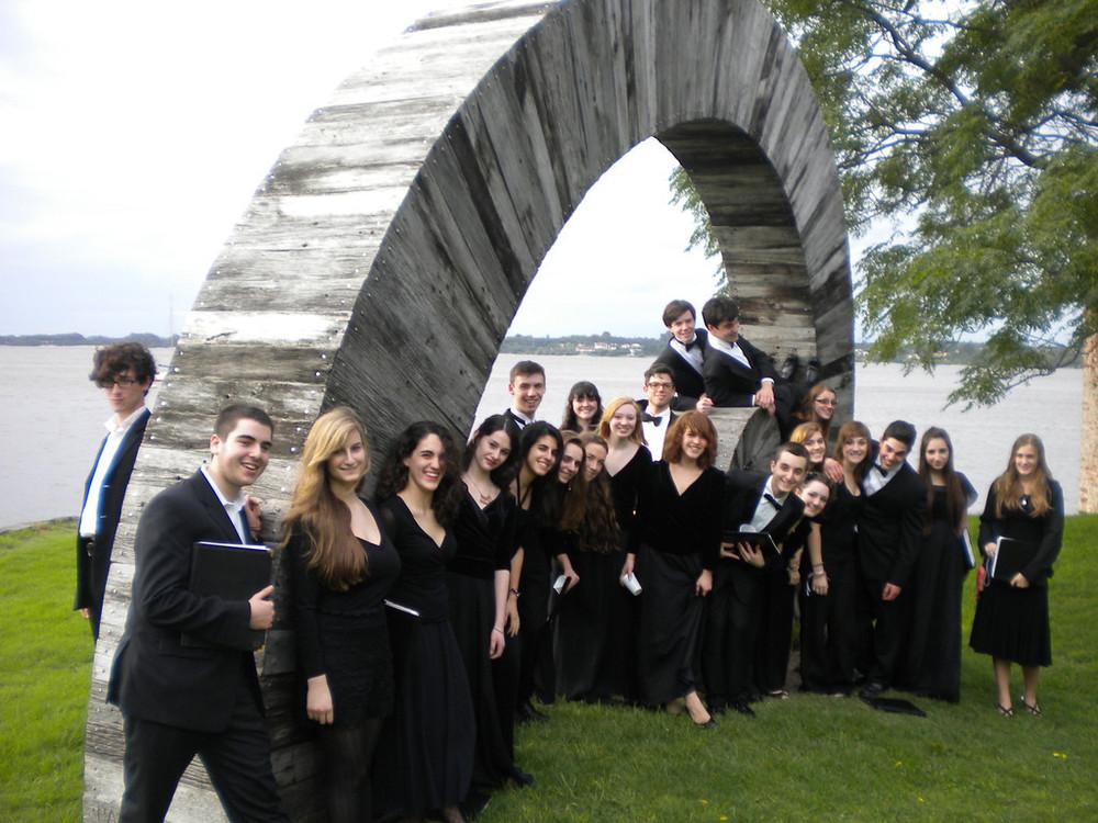 Uruguay choir.jpg
