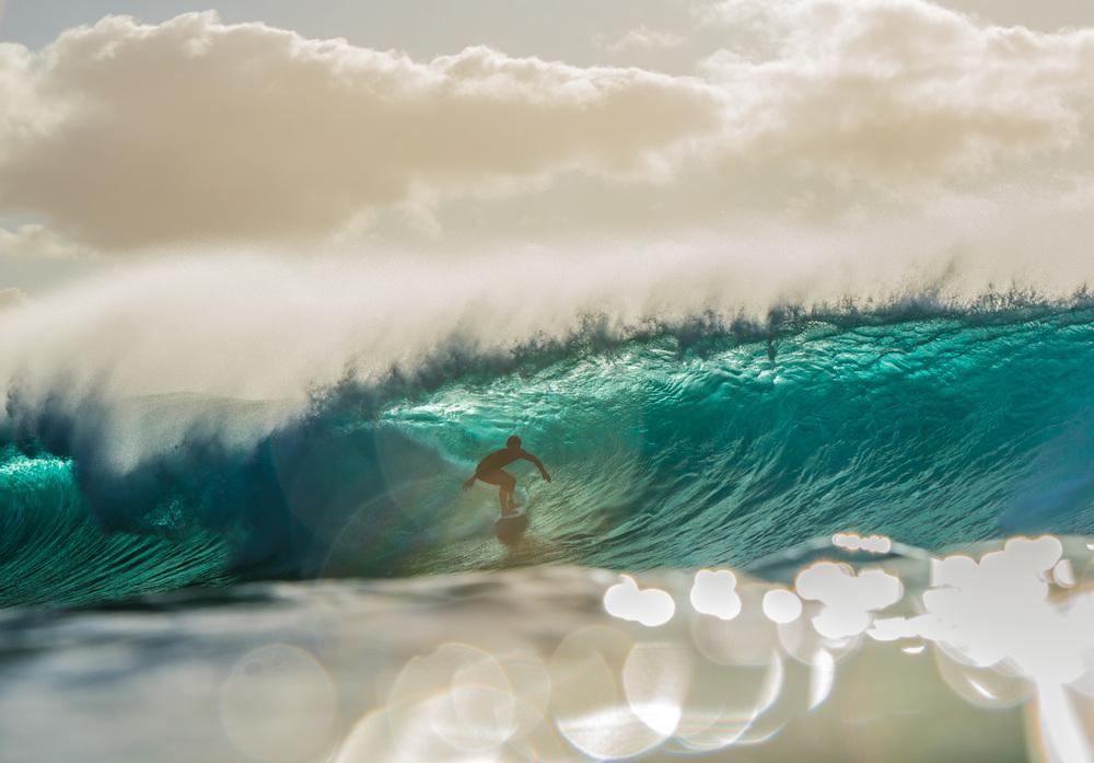 """Finalmente llego el primer """"swell"""" y con este un par de días de buenas olas, así que fue increible volver a disfrutar olas grandes!"""