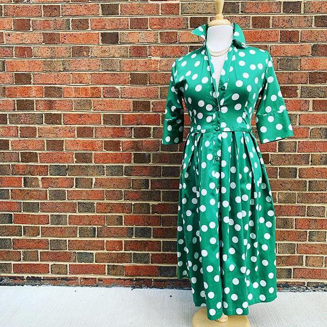 P I N C H  M E . . . #bagutta #madeinitaly #shirtdress #classic #traditional #ladiesfashion #mystiquejewelrs #akoyapearl #middleburg #virginia