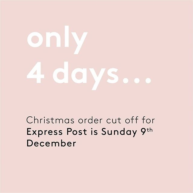 🙊🎄 Christmas is coming quick! There are 4 more days for express post orders and 11 days left for Melbourne store pickup (348 Little Collins Street)! Don't miss out on the chance to get your stunning personalised prints under the tree this Christmas 🎄🎁 . . . #christmasgifting #christmasshopping #personalisedgift #personalisedart #printonwood #woodtowall #orderdates #photosonwood #woodprint #printsonwood