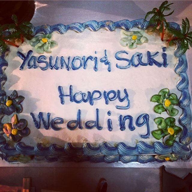 社員旅行in Guam✨で、 まさかのサプライズ🎉🎉🎉 田村と種村の結婚をサンセットのみえるビーチ横の素敵なレストランにて祝福していただきほんとうに嬉しい限りです😭💕これからも2人で幸せな家庭を築いていきますのでどうぞ暖かく見守ってください!そしてスタッフのみなさん本当にこういった機会を作ってくれてありがとうございます✨✨@yasunori_tt @sakichan54 #wasabi_inc #wasabi#calme#Garden#bliss#hairsalon#travel#guam#社員旅行#サンセットビーチ #サプライズ#結婚#美容師#感謝#ありがとうございます#この写メもそうだし、#今回企画してくれたみふみか最高❤