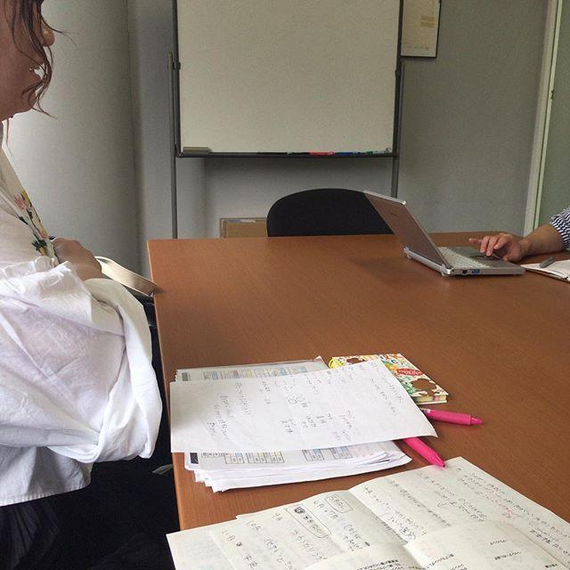 今日は朝からミルボンさんの会議室をお借りしてケアリスト会議!  お客様により良いサービスが提供できるよいに技術や知識の向上をしています。  #わさび#wasabi#ケアリストチーム#会議#ミルボン#ありがとうございます