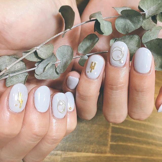 まぜまぜませ✡✡✡ パンプキンモンブラン♪  #グレー のよな #ブルー のような #オリジナルカラー  #simple  #nails #nailsalon #ユーカリ #nails  #color #nail  #naildesing #シンプルネイル  #ネイルサロン #ネイルデザイン #instagood #gelnails #blue  #like4like #thankyou @m05i09