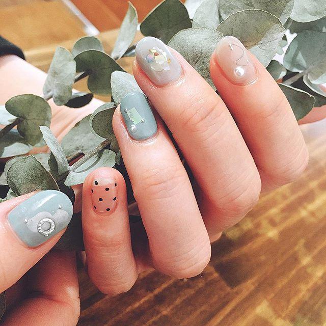 #グレー のよな #ブルー のような #グリーン  ざっくりオーダーネイル 🌿☄🌿☄🌿☄🌿☄🌿 #オリジナルカラー  #個性派ネイル  #nails #nailsalon #ユーカリ #nails  #color #nail #ワイヤーネイル  #naildesing #シンプルネイル  #ネイルサロン #ネイルデザイン #instagood #gelnails #blue  #like4like #nailatelier323