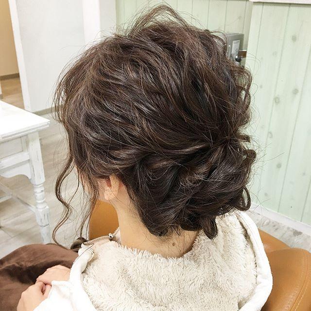 Hair arrange✂︎✂︎✂︎✂︎💇 . . ちょくちょく結婚式のsetの予約が入ります😊11月もあと1日か… #hair #hairstyle #hairsalon #hairdresser #haircolor #hairarrange #work#my#calme#cute#weddingparty #f4f#instagood #美容院#美容師#美容室#ヘアアレンジ#結婚式#お呼ばれヘア #カルム#愛知#小牧 #春日井#サロンワーク
