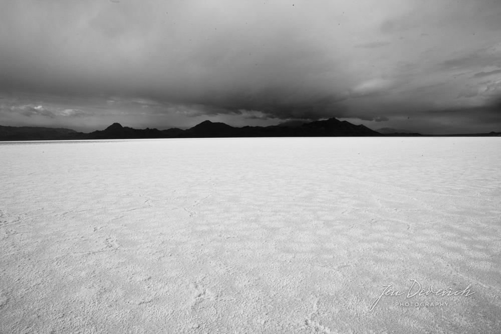 Bonneville-Salt-Flats-Utah.jpg