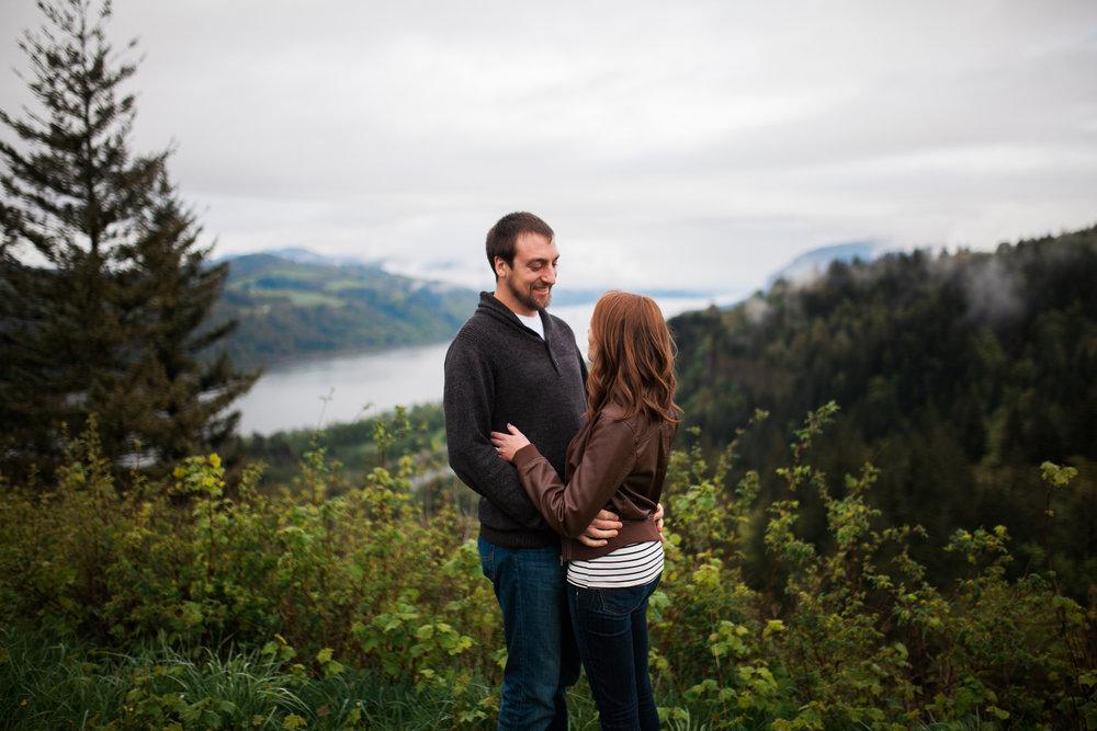Portland-Oregon-Engagement-Jen-Dederich-Photography_001.jpg