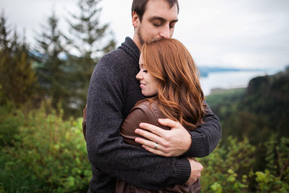 Portland-Oregon-Engagement-Jen-Dederich-Photography_005.jpg