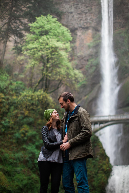 Portland-Oregon-Engagement-Jen-Dederich-Photography_019.jpg