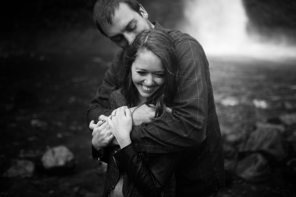 Portland-Oregon-Engagement-Jen-Dederich-Photography_027.jpg