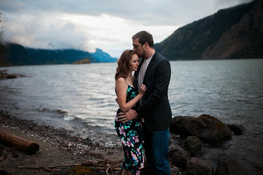 Portland-Oregon-Engagement-Jen-Dederich-Photography_028.jpg