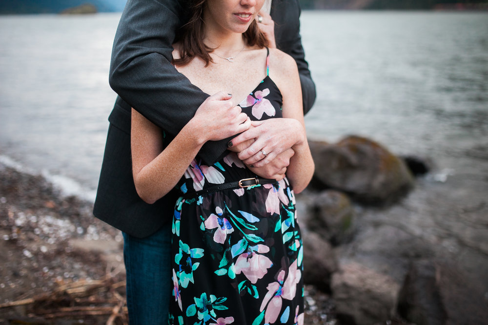 Portland-Oregon-Engagement-Jen-Dederich-Photography_033.jpg