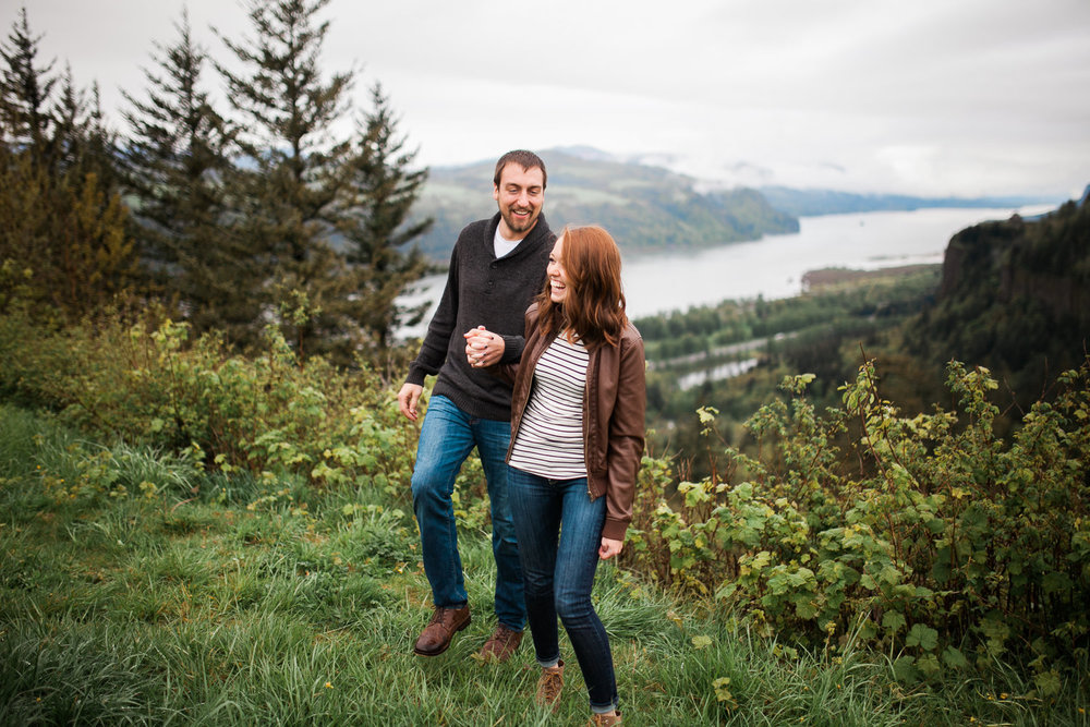Matt + Meghan // Columbia River Gorge, OR