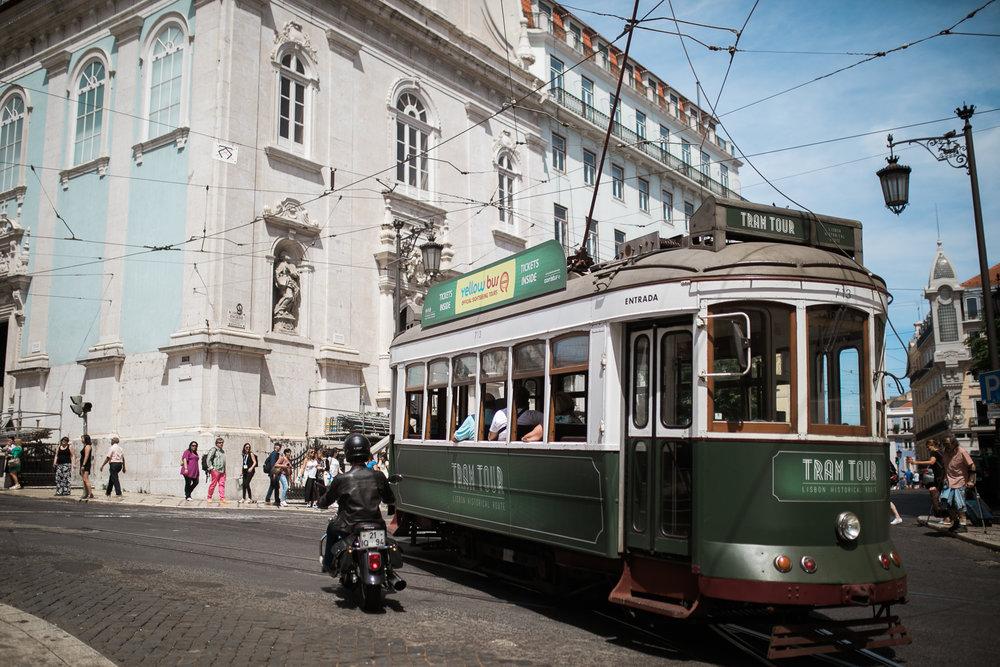 Portugal-destination-wedding-photographer_043.jpg