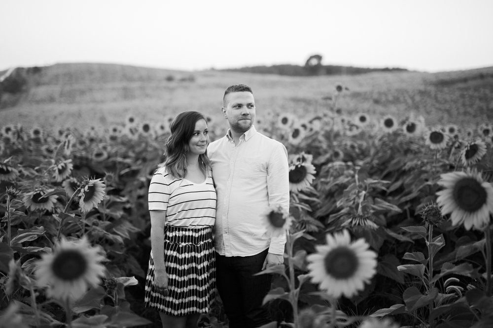 Pope-Farms-Sunflower-Engagement-Session-Madison-Wisconsin_009.jpg