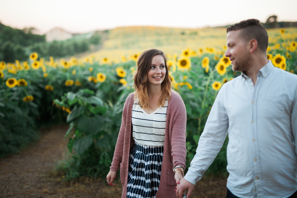 Pope-Farms-Sunflower-Engagement-Session-Madison-Wisconsin_021.jpg