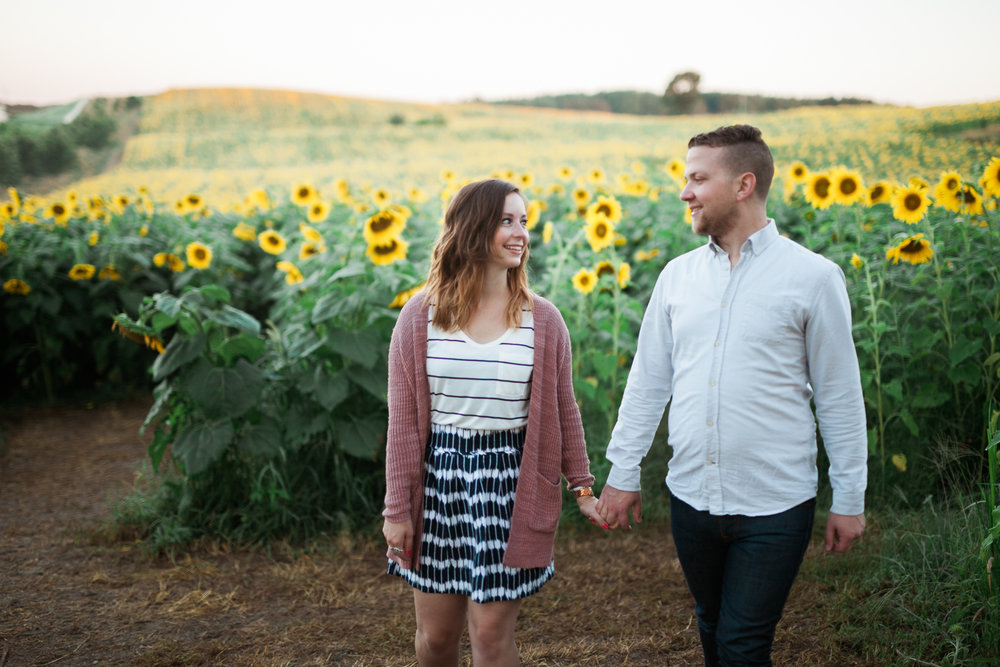 Pope-Farms-Sunflower-Engagement-Session-Madison-Wisconsin_023.jpg