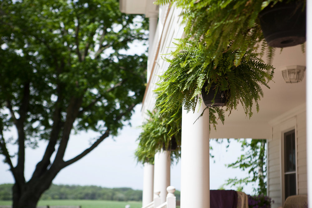 Sugarland-Wisconsin-barn-summer-wedding_002.jpg