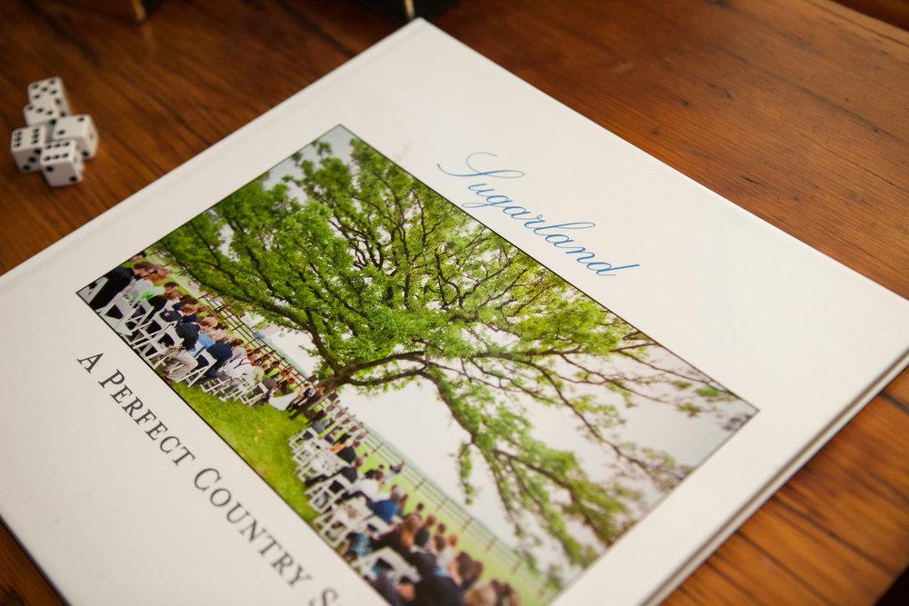 Sugarland-Wisconsin-barn-summer-wedding_011.jpg
