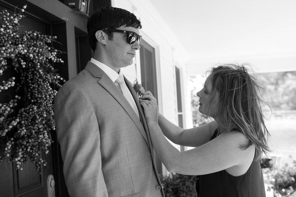 Sugarland-Wisconsin-barn-summer-wedding_042.jpg