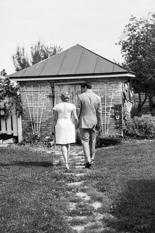 Sugarland-Wisconsin-barn-summer-wedding_049.jpg