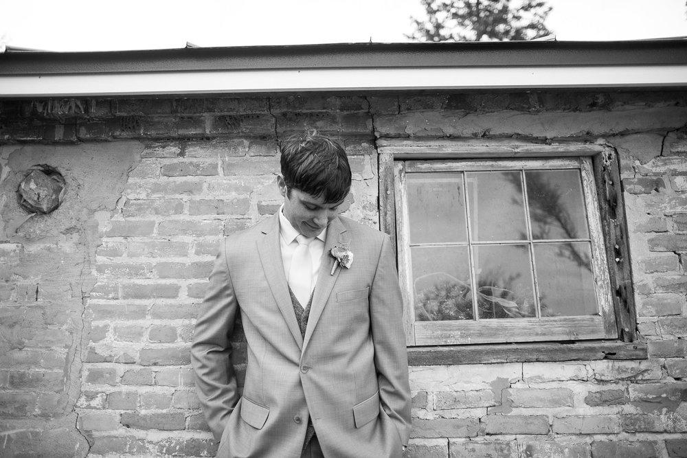 Sugarland-Wisconsin-barn-summer-wedding_059.jpg